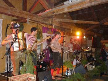 Glockenthurm festa dei cacciatori imer fiera di primiero glockenthurm service audio libardi - Aggiungi un posto a tavola base musicale mp3 ...